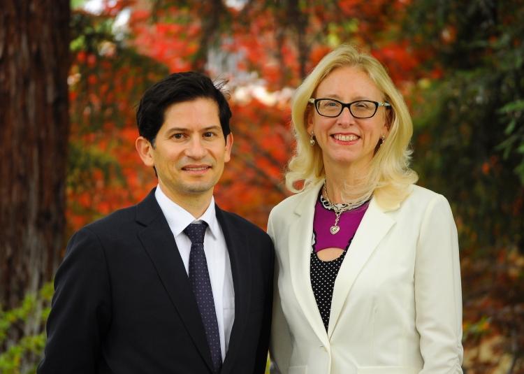 Dean Saúl Jiménez-Sandoval and Associate Dean Honora Chapman