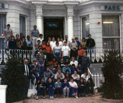Group of students in Fresno State's first London Semester in 1984