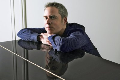 Acclaimed pianist Jeremy Denk will perform with the Fresno State Symphony Orchestra