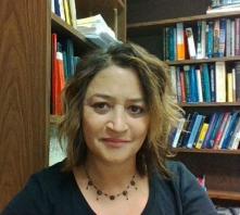 Dr. Tina Fernandes Botts
