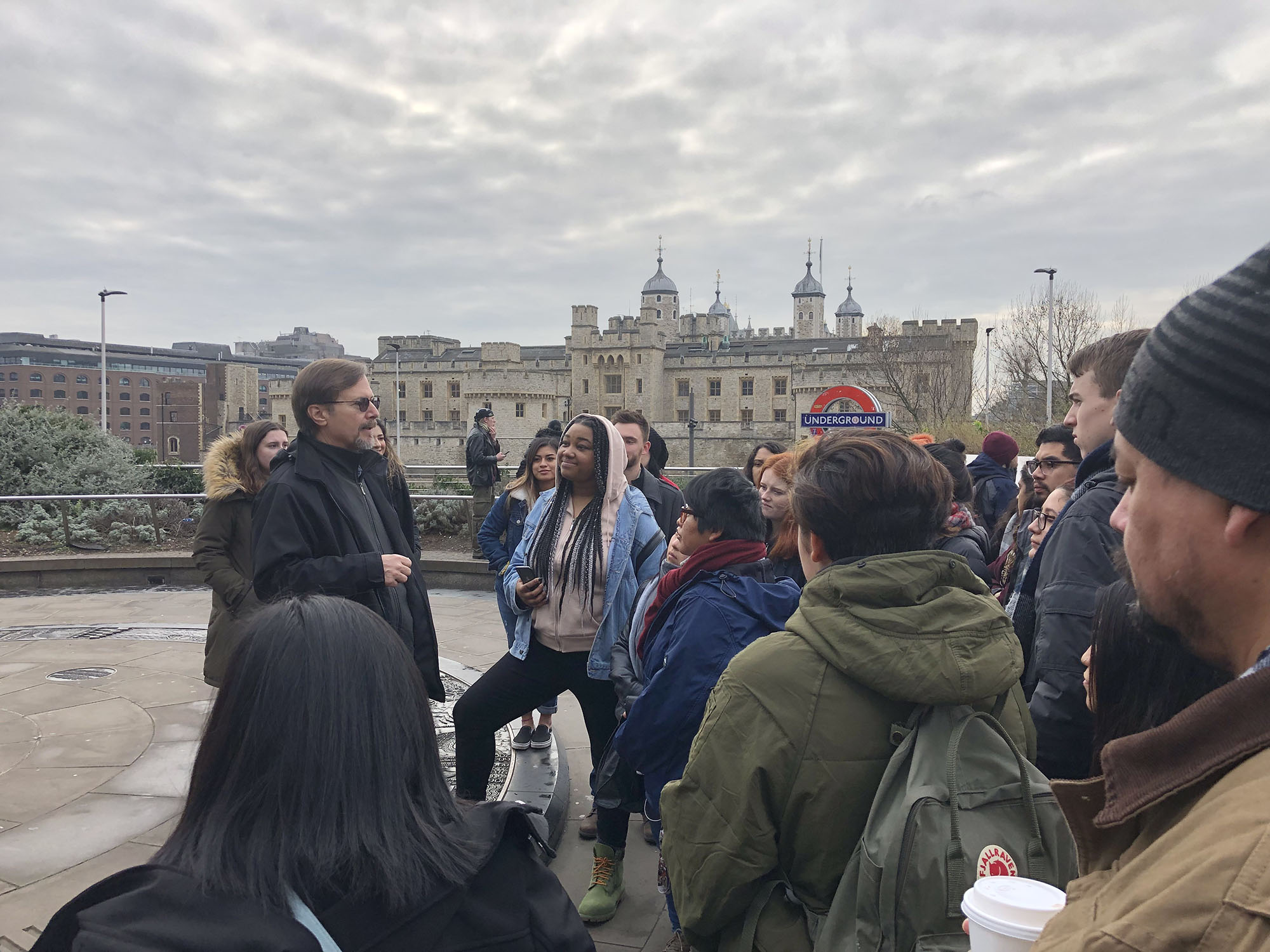 Dr Maldonado speaks to the class about our trip to the Tower of London