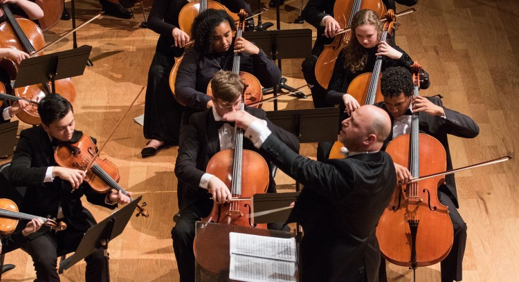Thomas Loewenheim, D.M. conducts the Fresno State Orchestra
