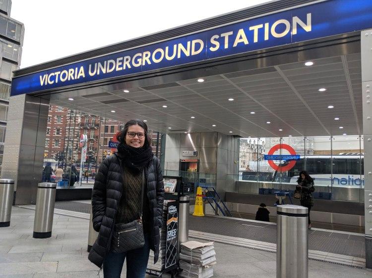 Victoria Underground Station - by Victoria Cisneros